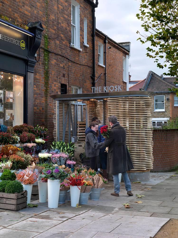Flower Kiosk, London ← Archio